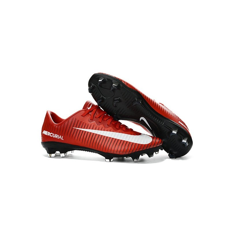chaussures football nike rouge